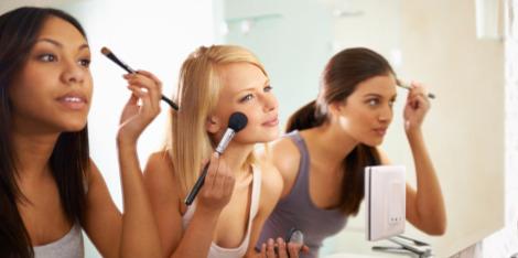 Vaše spolehlivá rutina líčení, která nezabere víc než 5 minut