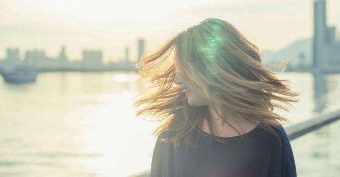 Pečujte o svou vlasovou pokožku, aniž byste se vzdali krásných vlasů.