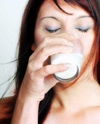 Menopauza: Co se ve vašem těle děje s vápníkem a vitaminem D, když je vám 50?