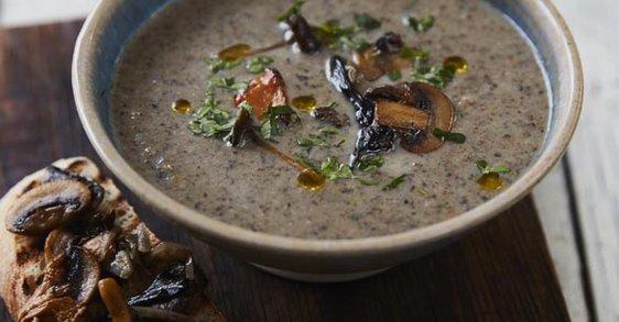 Recept: Krémová houbová polévka