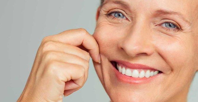 Svědící, suchá pleť... Jak se mění moje pleť během menopauzy?
