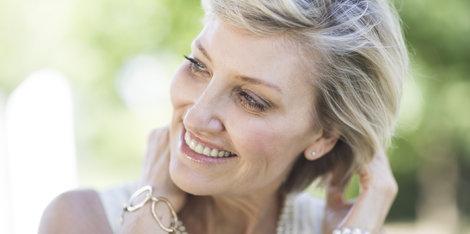 Jaký vliv má menopauza na stárnutí pleti? Podrobně očima odborníka