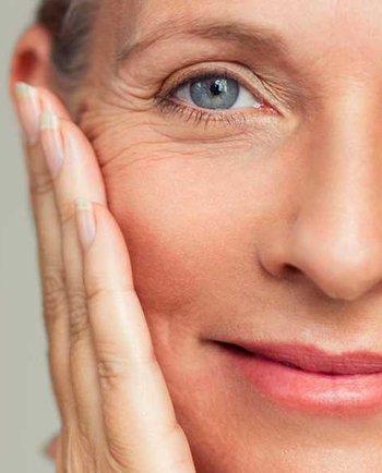 Menopauza a nejčastější symptomy, které provázejí změny na mé pleti?